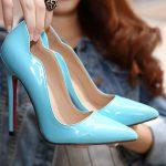 Голубые лаковые