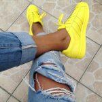 Насколько актуальна яркая обувь