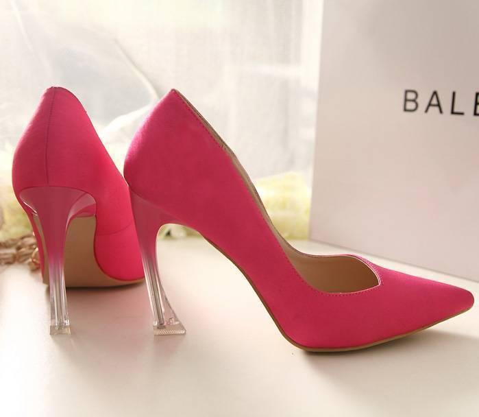 Розовые с необычным каблуком