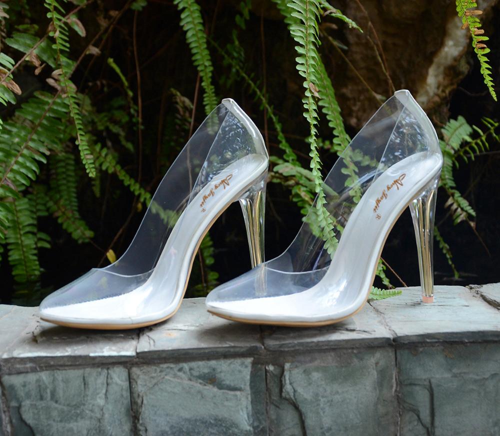 Как правильно выбрать свадебные туфли?
