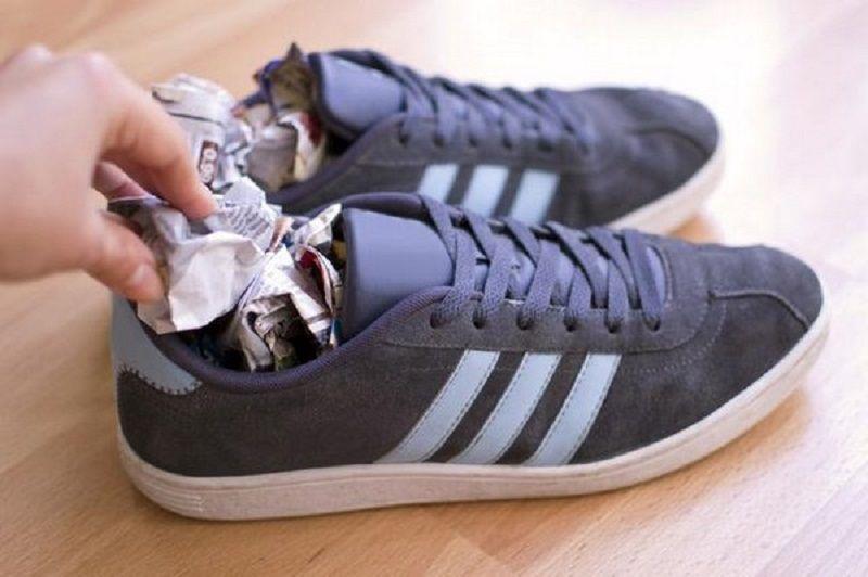 Как быстро разносить тесную обувь из натуральной и искусственной кожи
