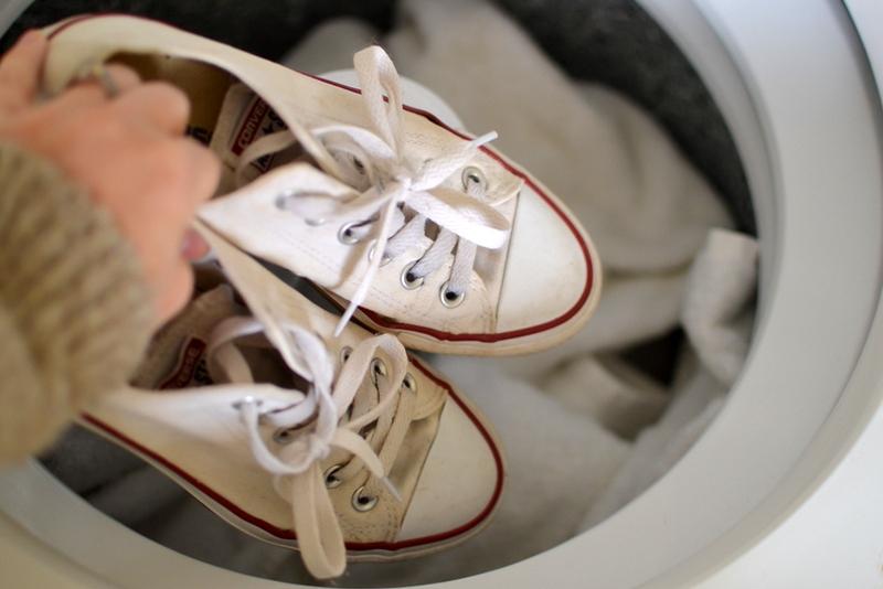Как избавиться от запаха кошачьей мочи в обуви, проверенные методы
